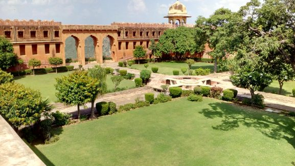 Jaigarh Fort: Place To Visit In Jaipur