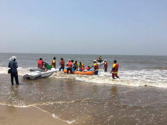 Juhu Beach: Place To Visit In Mumbai