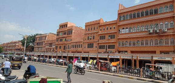 Pink City Bazaars: Place To Visit In Jaipur