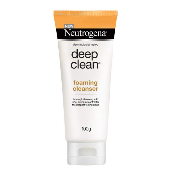 Neutrogena Deep Clean Facial Cleanser: Best Face Wash In India