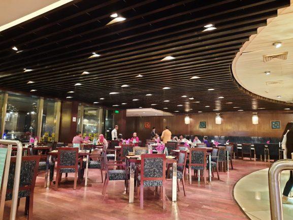 The Square- Novotel Best Buffet In Mumbai