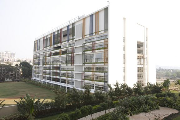 oberoi international school-best schools in mumbai