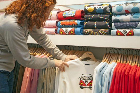 Shop Assistant best part time job for students