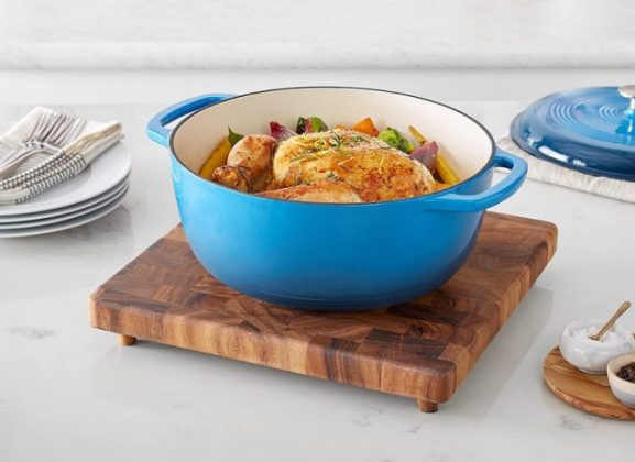 AmazonBasics Enameled Heavy Duty Cast Iron 7.1 litres Dutch Oven: Best Dutch Oven