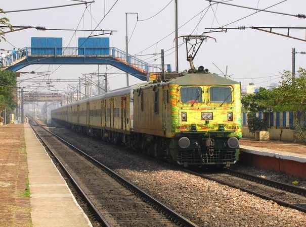 Allahabad Duronto Express fastest train in india