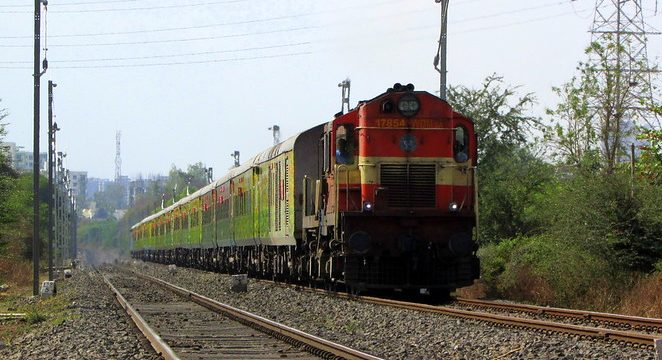 Howrah Duronto Express fastest train in india
