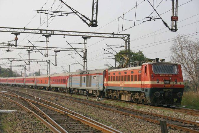 New Delhi Rajdhani Express fastest train in india
