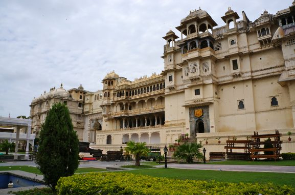 City Palace: Place To Visit In Udaipur