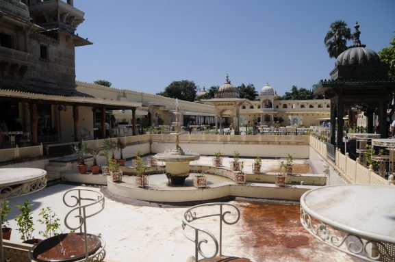 Lake Garden Palace: Place To Visit In Udaipur