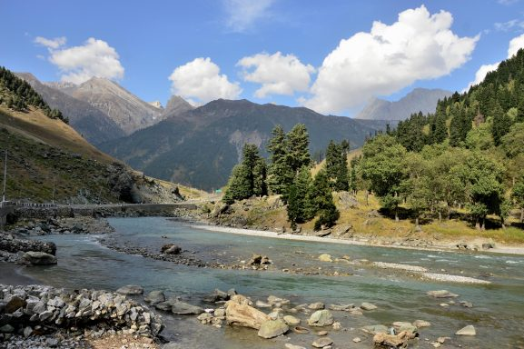 Jammu and Kashmir Best Honeymoon Place In India