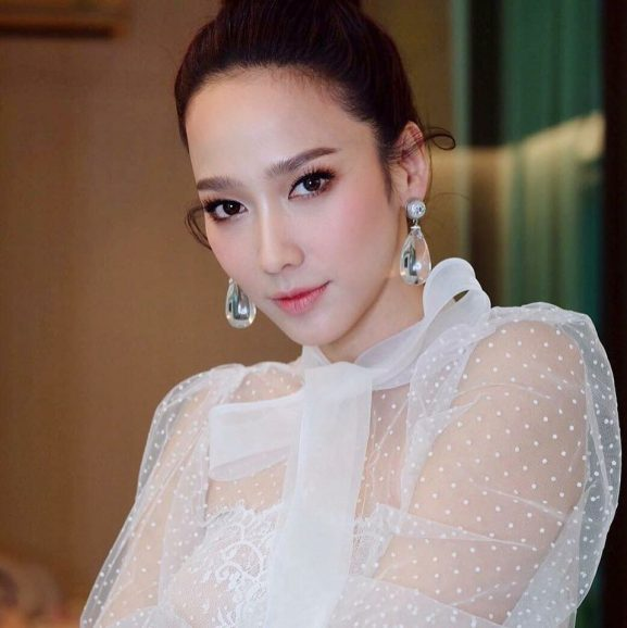 Patcharapa Chaichua: Most Prettiest & Famous Female Actor of Thailand