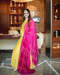 Devina Malhotra Fashion Bloggers