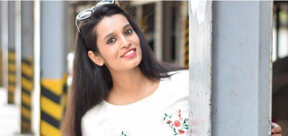 Ashita Agarwal: Indian fasion blogger