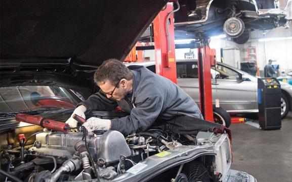 most-drivers-dont-trust-auto-repair-shops-mst