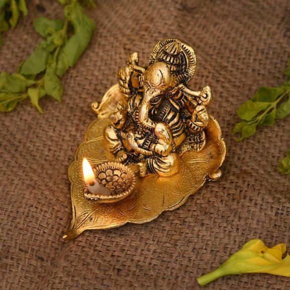 Collectible India Ganesh, Ganesha on Leaf - Ganesh with Diya - Lord Ganesha Metal Hand Craved for Home Decorative Gift Puja Diwali Gifts